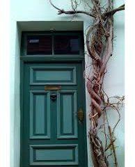 Porte d'entrée : pourquoi choisir une porte blindée ?