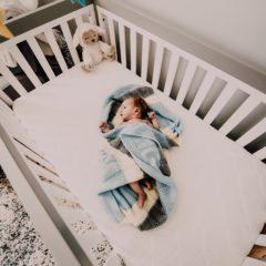 Comment décorer l'espace bébé dans la chambre des parents