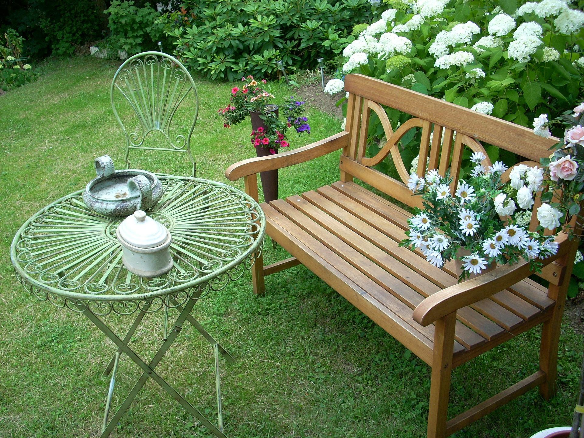banc extérieur jardin