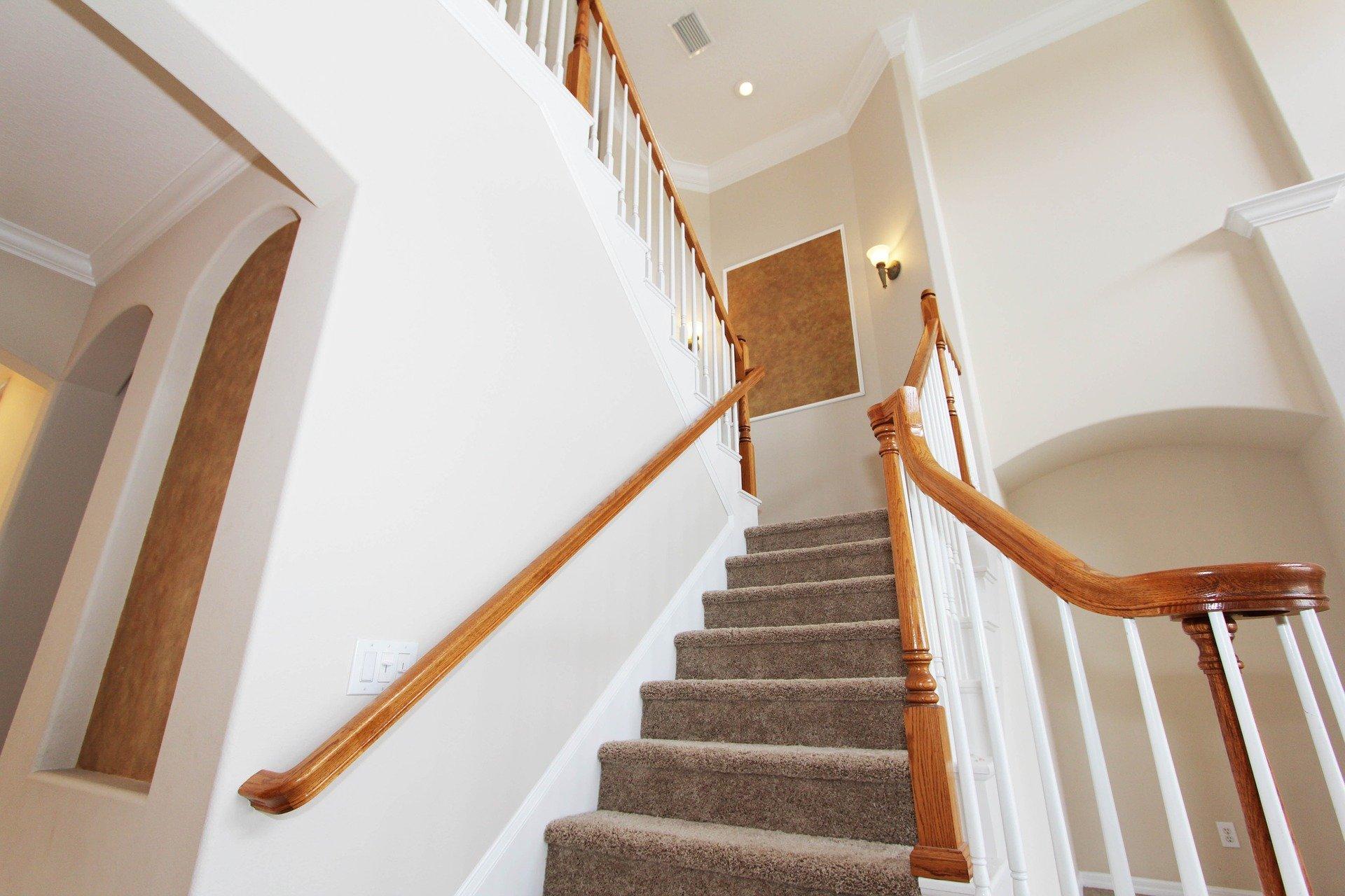 L'escalier en moquette